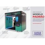 montagem de instalação de cabine de higienização para metrô Boa Vista